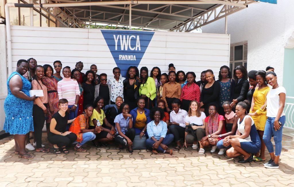 Ceylan and participants of the SRHR & mental health training in Rwanda 2019